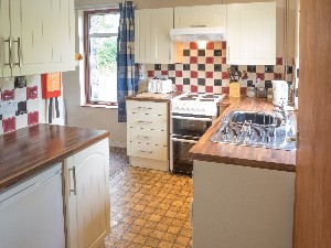 Kitchen area - Rainbow Cottage